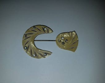 Celluloid /Rhinestone Pin