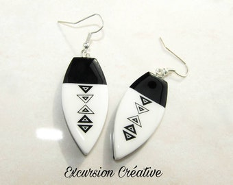 Earrings polymer clay black and white pattern triangles graphic