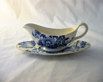 Charlotte Royal Crownford Gravy Boat, Ironstone England, Blue And White