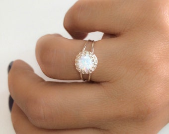 Opal ring - White opal ring - Rainbow opal ring - Opal silver ring - Opal band ring - Dainty opal ring