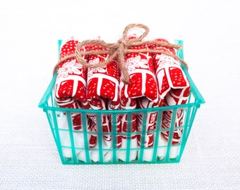 Set of Four Flour Sack Strawberry Basket Napkins