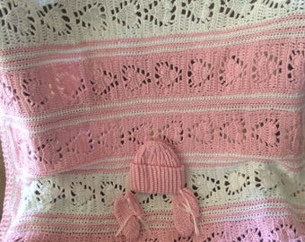 Newborn Baby Set, Blanket, Hat and Booties, Pink Heart Blanket, White Heart Blanket, Baby Blankets, Baby Girl Blankets