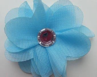 fleur en mousseline  bleu et strass argent   50mm
