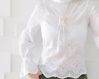 EMILY lace blouse