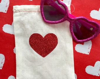 Red glitter heart cotton muslin drawstring favor bags - wedding, bridal shower, baby shower, Valentines Day treat bag