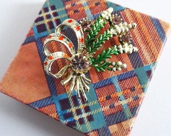 Vintage Boxed Exquisite Brooch, Lucky Heather, Scottish Brooch, Tartan