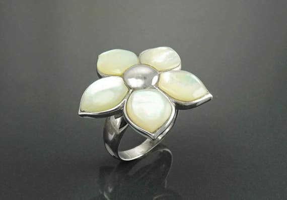 Cherry Blossom Ring, Sterling Silver, White Mother of Pearl, Wide Flowers Petals Ring, Nature Inspired Jewelry, Unique Women's Flower Ring
