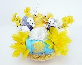 Baby Gift Basket - Gender Neutral - Baby Bouquet - Baby Shower Decorations - BodySuit Bouquet - New Baby Flower Gift - Unique Baby Gift