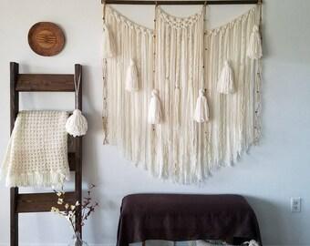 "48""macramé wall hanging/large macrame wall hanging/Large woven wall hanging/Yarn wall hanging/Fiber art/Tassel wall hanging/Tapestry"