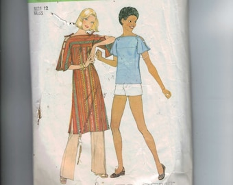 1970s Vintage Sewing Pattern Simplicity 8071 Pullover Tunic or Top and Pants or Shorts Size 12 Bust 34 70s 1977