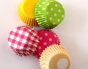 SALE: MINI Spring Mix Cupcake Liners (100)
