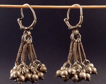 Indian tribal ethnic earrings, silver indian jewelry, jewellery from Himachal Pradesh, ethnic tribal jewelry, indian ethnic silver