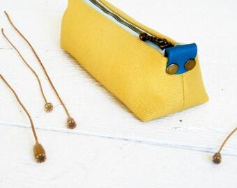 Yellow pencil holder Makeup brush holder Fabric pencil bag Minimalist zipper pencil case Long zipper pouch School supplies Womens zip pouch