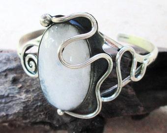 Unique handmade Silver Bangle with Rainbow Moonstone - Beautiful Silver Moonstone Bangle - Original Moonstone Cuff