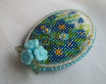Forget-me-not flower brooch. Miniature flower brooch. Bead embroidery brooch.  Mother's Day gift