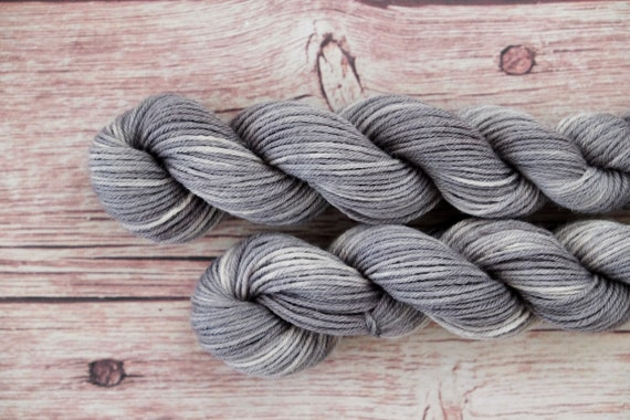Alpaca wool Hand dyed in the course knitted wool grey/alpaca Wool gradient