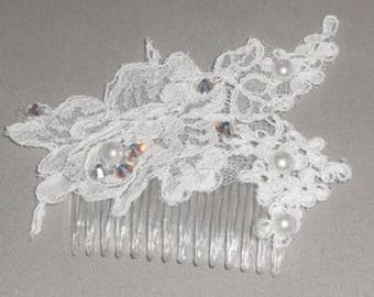 For white lace wedding hair comb and Pearl