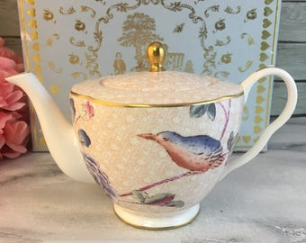 Wedgwood Cuckoo Teapot Tea Story Lovely Vintage England Made Small Practical Collectible Elegant Original Box