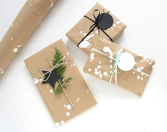 Gift wrap service / Gift wrapping option for your order - suitable gift wrap option