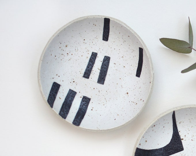 "DASH Hand painted Ceramic Dish   Condiment Dish   Ring Dish   12.5cm (5"")"