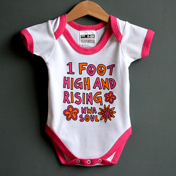 1 foot high and rising baby one piece funky baby onesie. Black Bedroom Furniture Sets. Home Design Ideas
