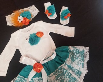 4 PIECES. Newborn Baby Girl Coming Home Outfit. Take me Home Outfit. Preemie baby girl. Size 0 to 3 months. Teal and Orange Lace Baby  skirt