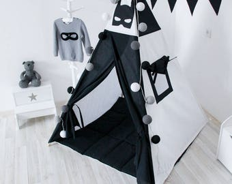 READY TO SHIP! Batman teepee with poles Black white playhouse for kids Play tent Tipi tent for kids Classical indoor wigwam Superhero