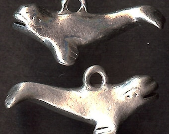 WHALE Charm. Sterling Silver Plated Pewter.  3D Beluga. Porpoise. Made in the USA. wui
