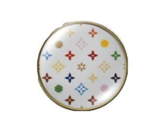 Set of 4 16mm round white vintage glass cabochons