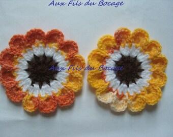 Colorful flowers crochet woolen 8 cm.
