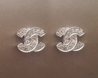CC Style White Gold Earring