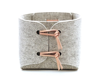 Storage basket, Wool felt storage container with genuine leather details, Nordic design laundry hamper