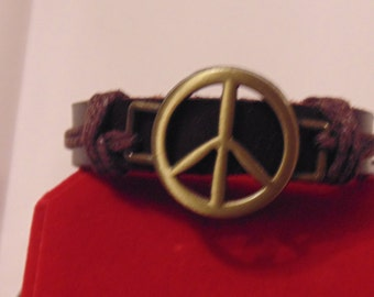 Genuine Leather Bracelet with Peace Sign