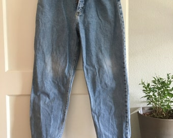 Vintage Light Wash Lee Mom Jeans