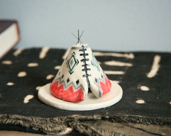 Unique Incense Burner TeePee, Ceramic Coral Gray, Aztec Pattern Design, Stoneware Clay Pottery, Yogi Off Grid Gift, Meditation Altar