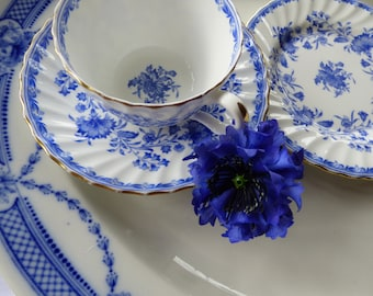 A delightful vintage Minton floral blue and white 'Hardwicke Hall' fine bone china trio. Just perfect for afternoon tea. c1950.