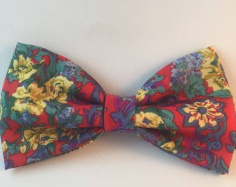 Bow tie and matching pocket square, Red and yellow Floral design, Pre Tied, Adjustable, Fathers Day Gift, Grooms Accessory, Weddings