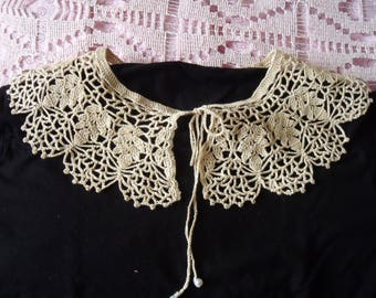 Collar Romantiique Beige lace ancient Style