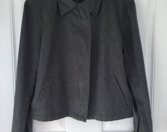 Women's vintage 90's dark grey long sleeve zip up boxy cropped jacket size medium