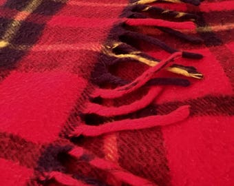 Red plaid Faribo vintage camping rustic blanket throw