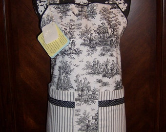 Toile Apron with Adjustable Neck Strap