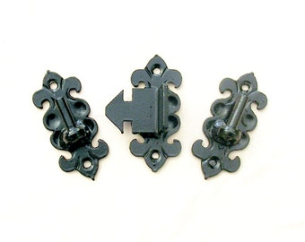 Wrought iron gate hinges
