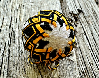 Black and Yellow Temari, Traditional Japanese Folk Craft Temari Ball, Japanese Fiber Art Sculpture ,Temari Ornament Woven Design Bauble