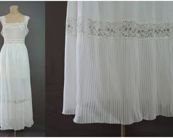 Vintage White Nylon Nightgown Sheer Accordion Pleats, 36 bust, 1950s