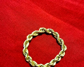 beautiful 14kt Gold Rope Chain Ring
