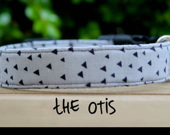 "Gray Male Dog Collar with Little Blue Triangles ""The Otis"""