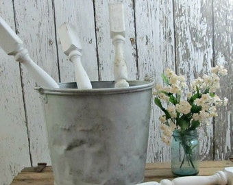 Salvage White Farmhouse Porch Spindle Project Supply