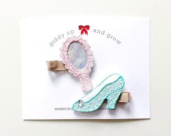 Felt Hair Clip, Pigtail Bows, Cinderella Glass Slipper, giddyupandgrow