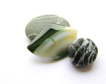 Natural Agate Cabochon White Green Agate Cabochon 37 x 25 mm Gemstone Cabochon Natural Stone Flat back Jewelry Supplies