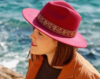 Burgundy felt fedora hat style Maria. For lady elegant accessory. Wide brim.